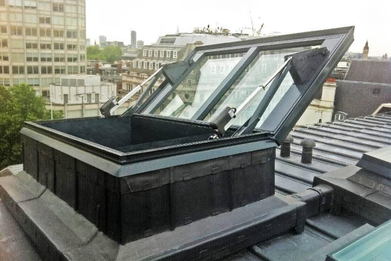 Glazed AOV Smoke Vent - London