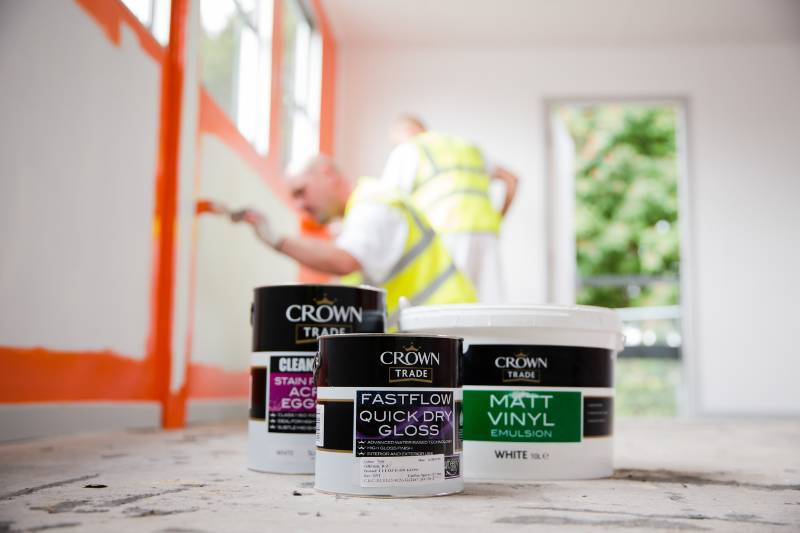 CROWN GOES BACK TO SCHOOL WITH NOVUS