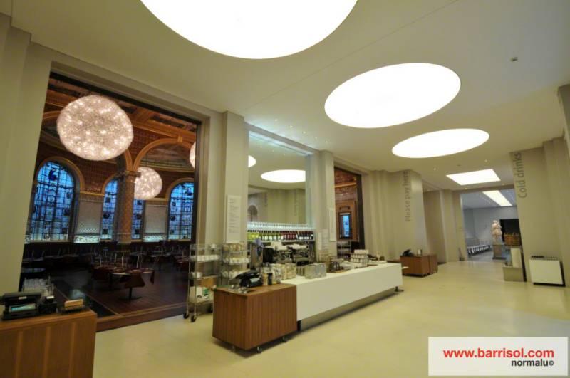 Barrisol Light® - Victoria & Albert museum - United Kingdom