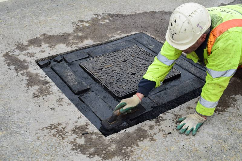 Manhole Reinstatement - IKO Pacopatch, Market Harborough