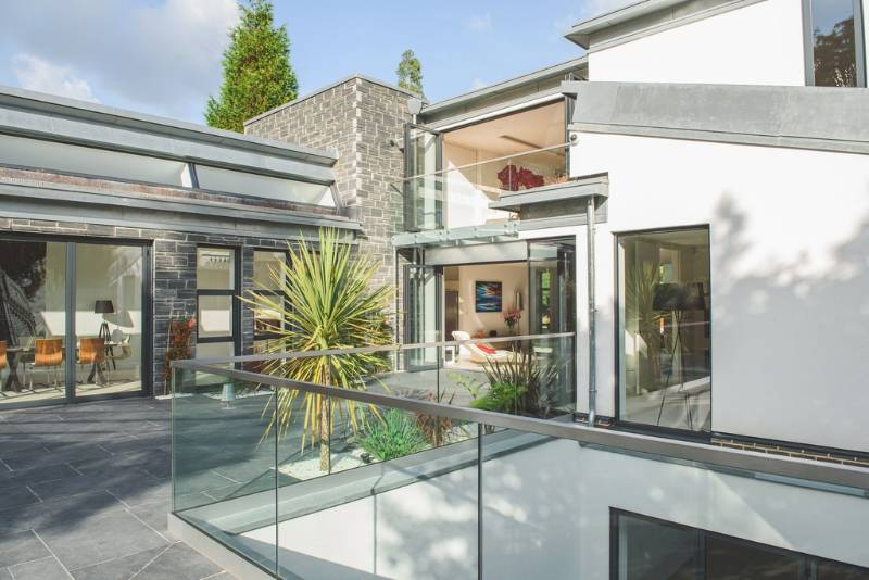 Easy Glass MOD 0747 stand off balustrade - London private home