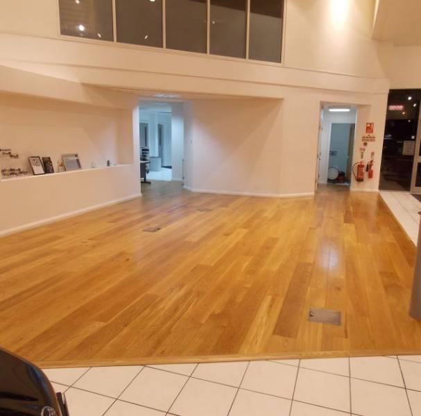 Oak Engineered Wood Flooring, UV Oiled, Rustic