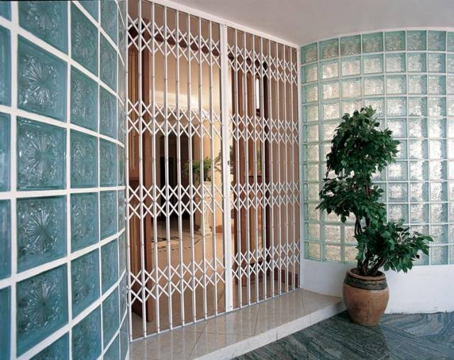 Collapsible gate and grille sets