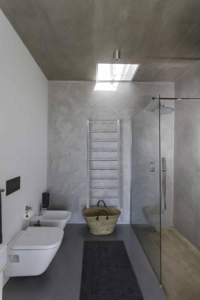 Ardingly Stainless Steel Heated Towel Rail