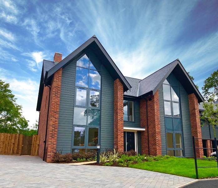 Kestrel Aluminium. Case Study: Coton House Estate