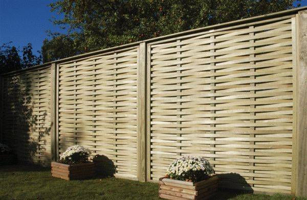 Woven Fence Panel and Gates