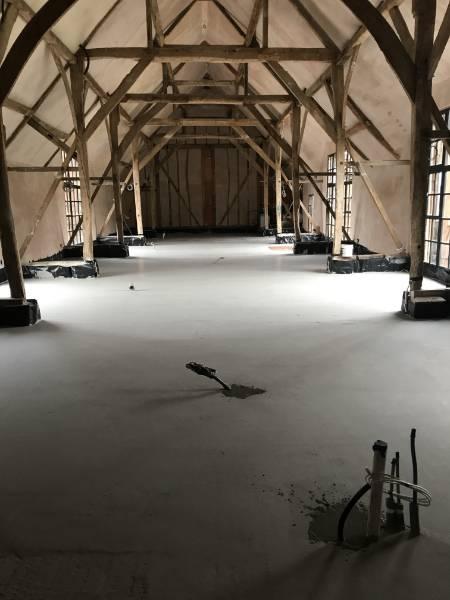 Newbury Barn: ECOSCREED Thermal M10 TF