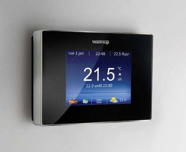 4iE™ Smart WiFi Thermostat