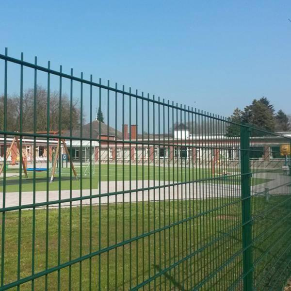 Nylofor 2DS + Bekafix Ultra - Metal mesh fence panel