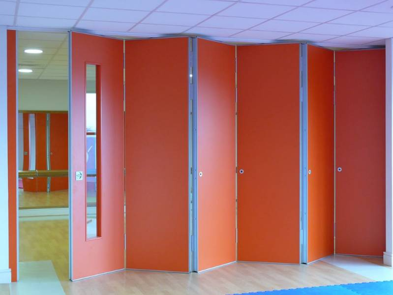 Kudos Sliding Folding Partitions centre folding bi parting