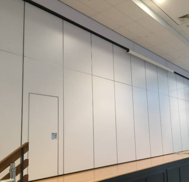Servicing Moveable Walls in Schools
