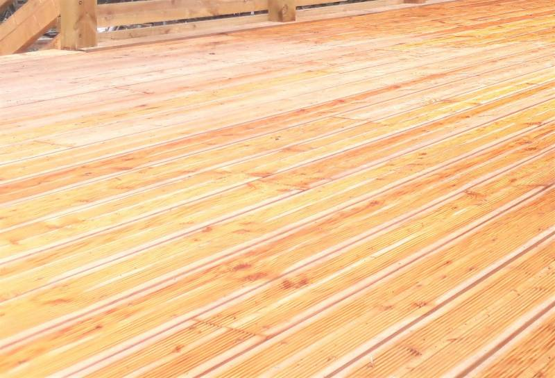 Siberian Larch Heartwood Timber Decking SertiWOOD®