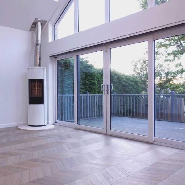Oak Engineered Wood Flooring, UV Oiled, 60° Chevron Parquet