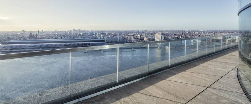 Easy Glass Max decking glass balustrade - Amsterdam tower rooftop