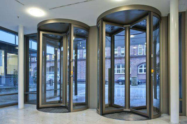 Geryon Security Revolving Doors