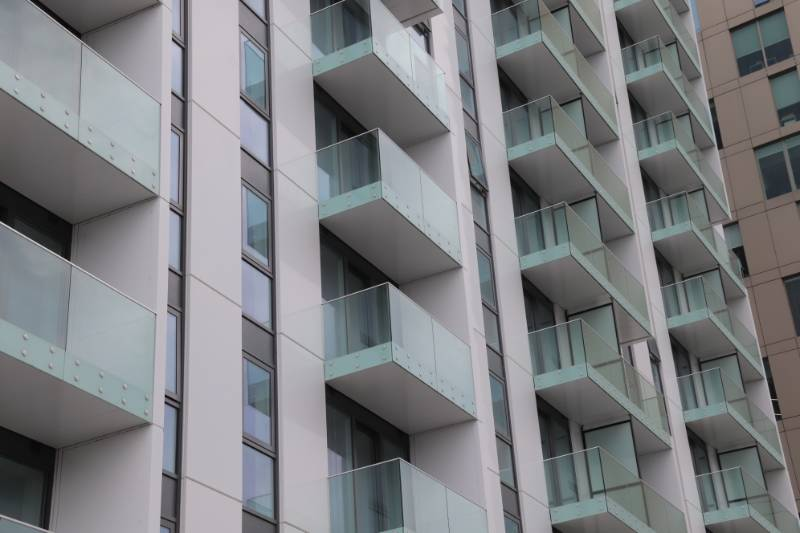 Glide-On Balconies at Media City