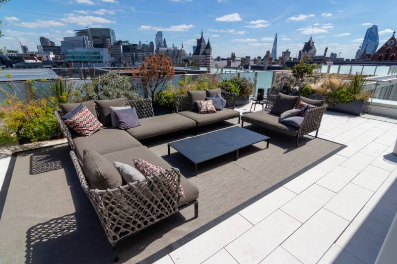 Balance self-levelling pedestals for luxury rooftop living