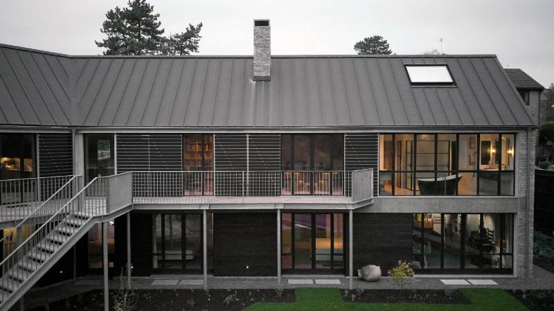 Clement steel windows, doors and screens used throughout this fabulous new build