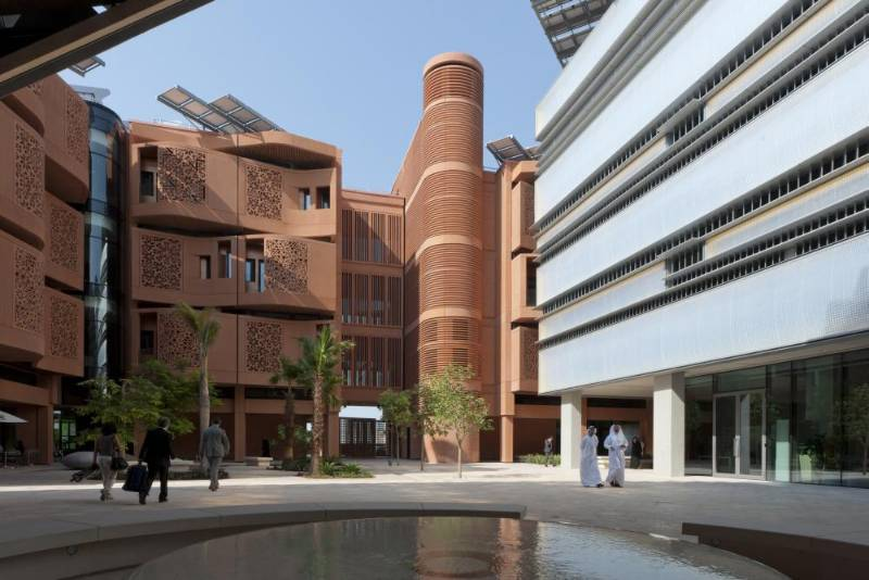 Masdar Institute - Delmatic's DALI Zero Power system for the world's first university focused on future energy