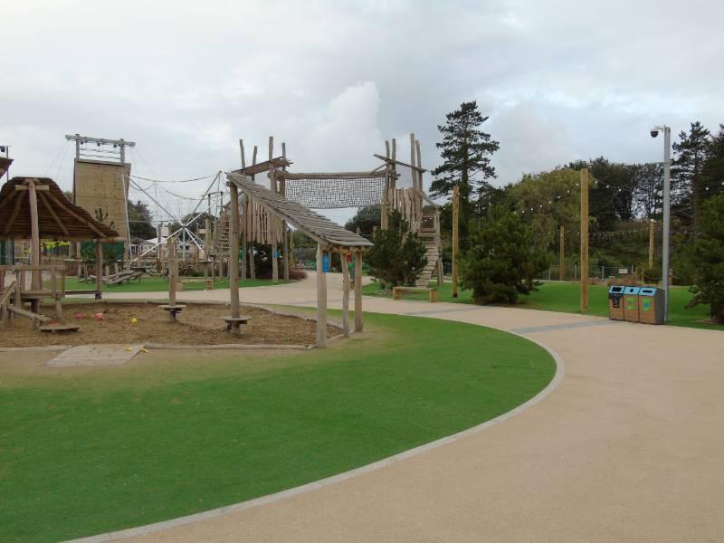 Coloured asphalt for large holiday park
