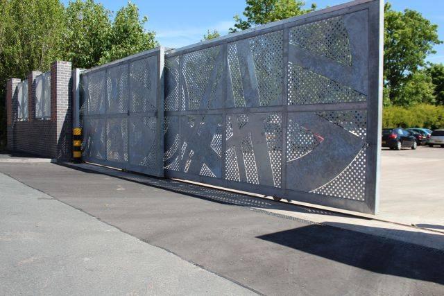 Telescopic Gates