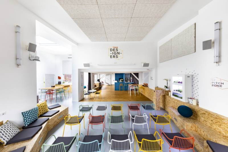 Organic fits perfectly in co-working evironment House of CoDesign