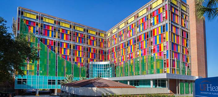 Colourful woven wire mesh facade at Shands Childrens Hospital