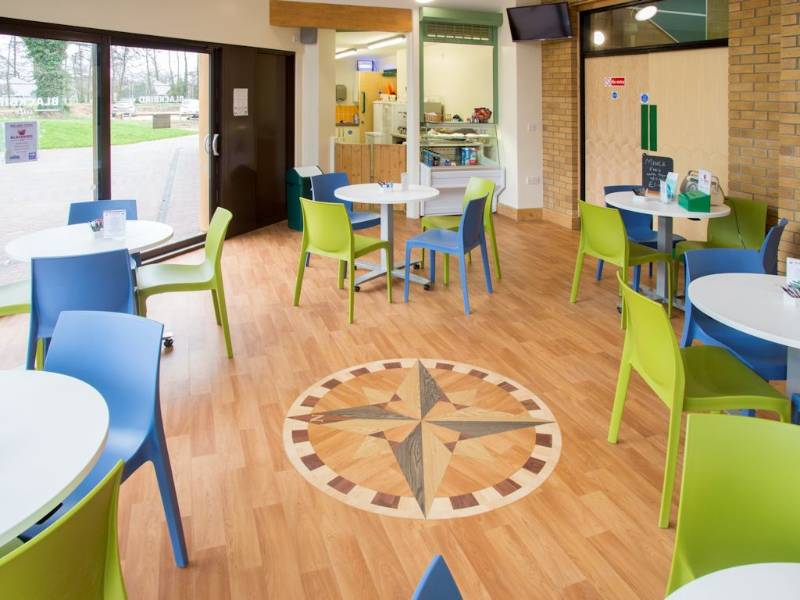 Polyflor helps move refurbishment of  Hampshire community centre in the right direction