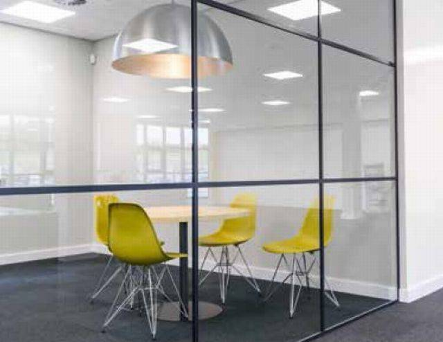 LOFT20 Single Glazed Panel Partition System