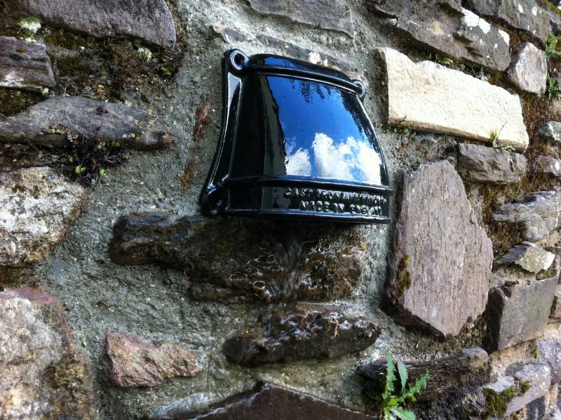Cast Iron Rainwater and Drain Outlet Cowl