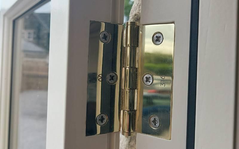 BLU™ - HY3 Slim Knuckle Window Hinge