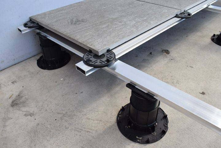 Mega Balance Heavy-duty Pedestals with Cross-Rail System for Paving or Decking