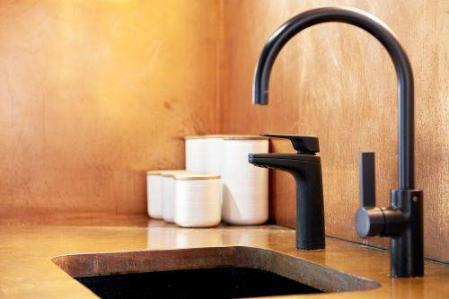 Billi Quadra Sparkling Plus 9 Instant boiling, chilled and sparkling filtered water system, plus mixer tap