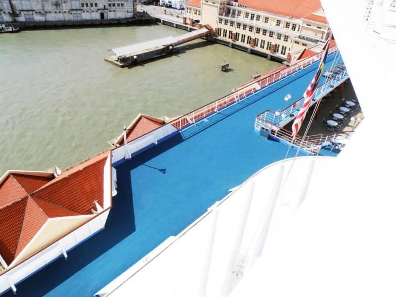 Singapore Cruise Ship Install