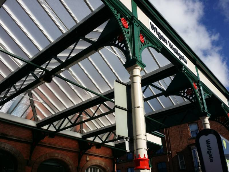 Wigan Wallgate Station roof glazing project.