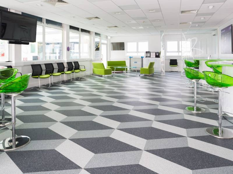 Polyflor flooring creates eye-catching design at Havering College