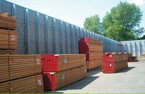 Absorbing Acoustic Fencing