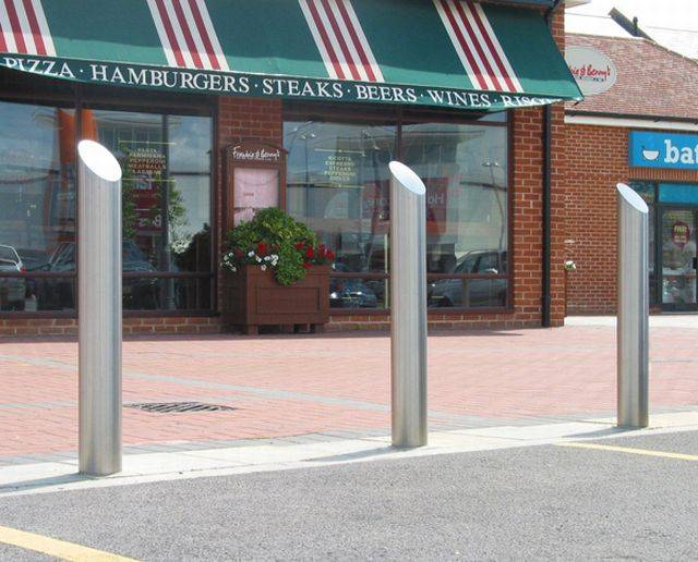 Zenith Sloped Bollard