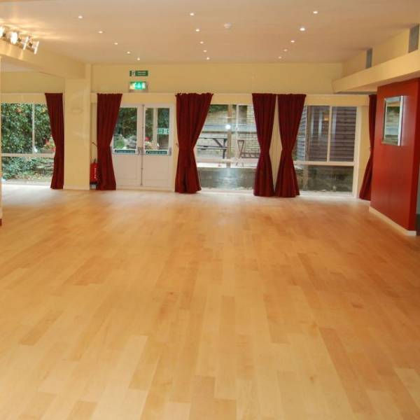 American Maple Lacquered Wood Floor