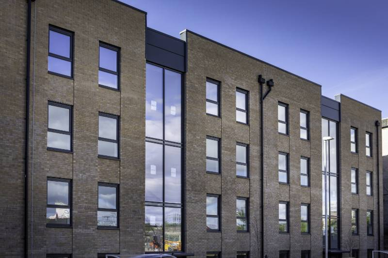 Spectus Elite 70 specified for high profile affordable housing development. 150 Spectus Elite 70 flush tilt and turn windows were specified in the development of 26 flats in the centre of Paisley