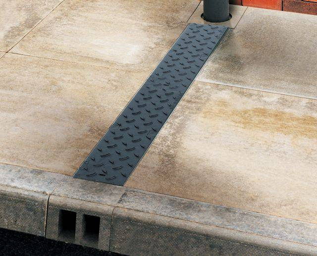 ACO MultiDrain M100D Channel Footpath Drainage