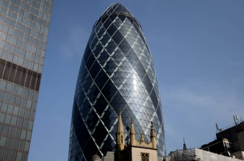 The Gherkin, London. Smoke Curtains