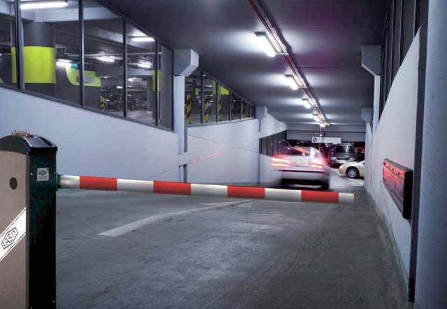 Macs BG94 Industrial Automatic Security Barrier