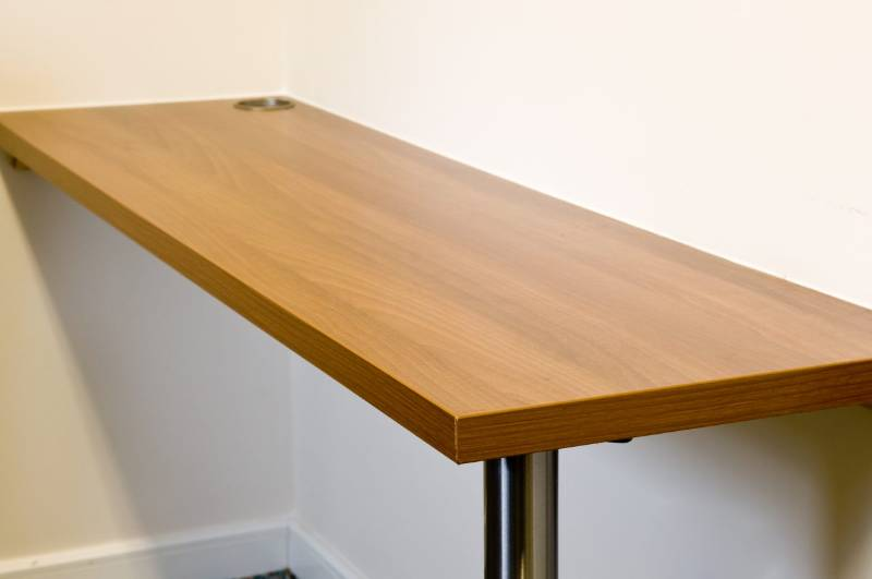 Hygenius® Modular Desk Straight
