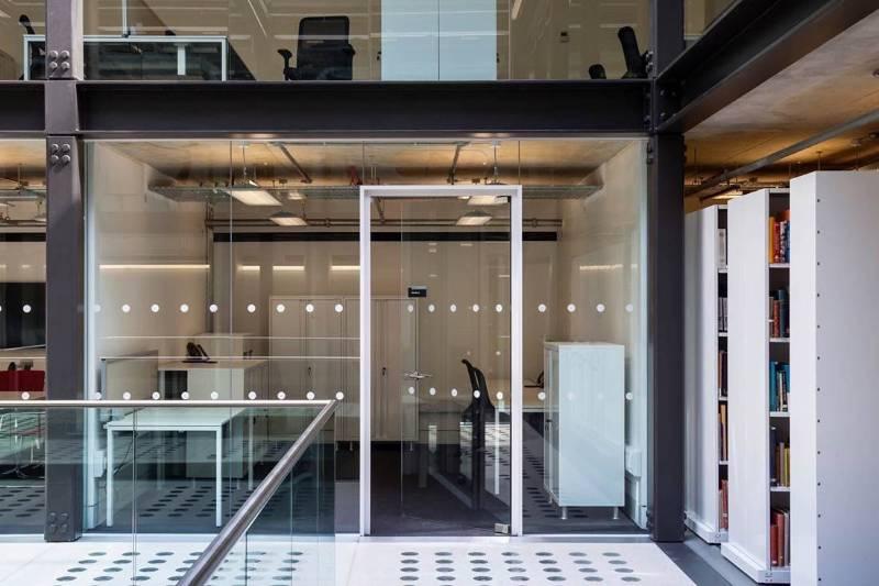 IsoClear Glass Door