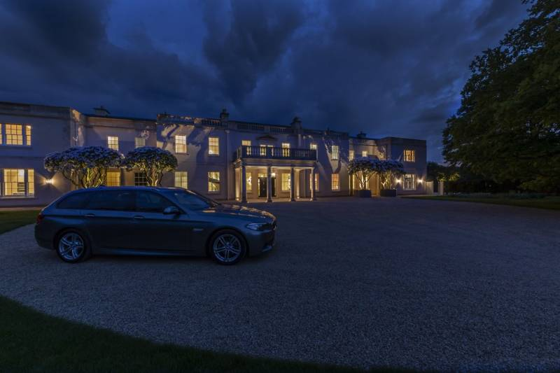 Luxury residence in Wiltshire: advanced artificial and natural light control with HomeWorks QS