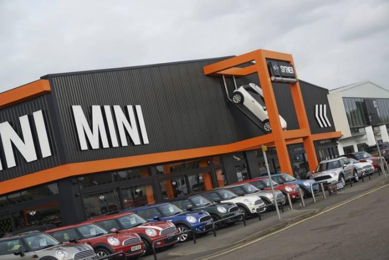 Sytner Mini Dealership - Slough