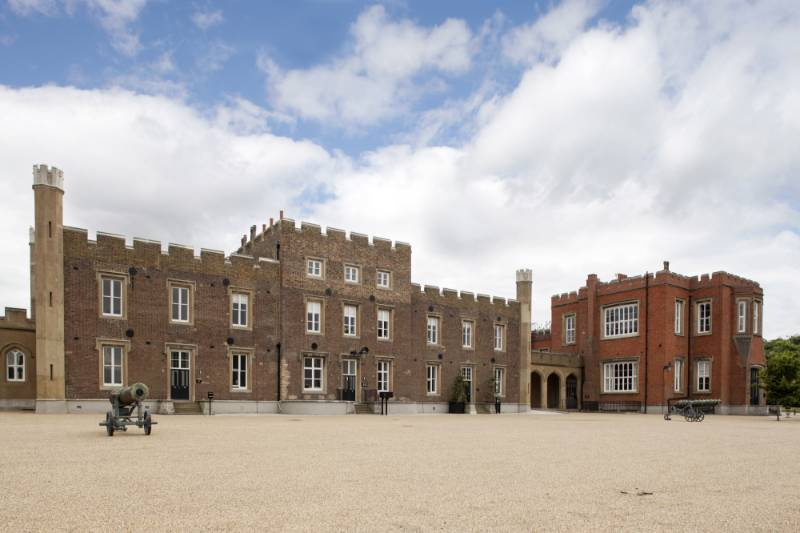 Royal Military Academy given luxury finish with Kingspan OPTIM-R