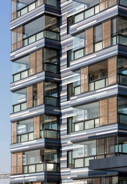 Watling Place - Architctural solar shading