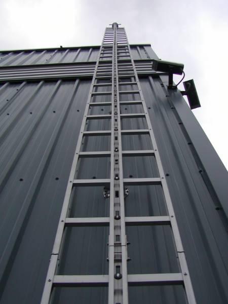 PivotLoc Ladders